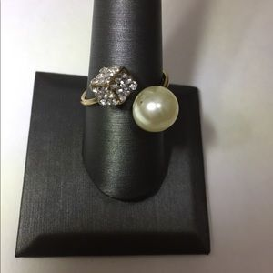 🎯Ring - Faux pearl with faux bling
